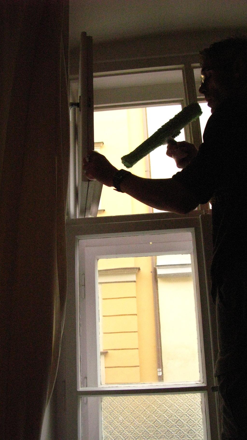 Umývanie okien domácností a firiem Martin